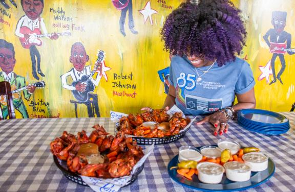 Hot Wings at Central BBQ | Alex Shansky